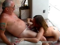 gal receives face hole screwed by old man