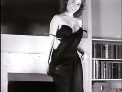 little sister - vintage striptease dance tiny