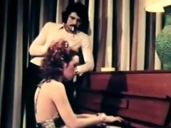 gentle retro fucking and blowjob 1971