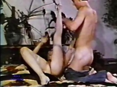 peepshow loops 88 70s and 80s - scene 1