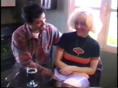 vintage movie shows this blond babe getting
