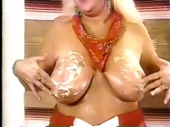 chubby mature blond gets fuck!