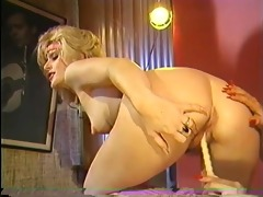 vintage lesbians joined by a rod - horizon