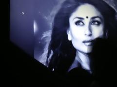 classic cum tribute to kareena kapoor!!!