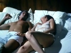 mature gives zeppelins job and hardcore sex