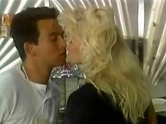 tanya de vries-kiss my grits clip(gr-2)