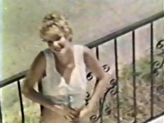 lesbian peepshow loops 585 70s and 80s - scene 1