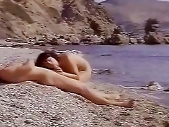 classic porn for hawt girl on the seashore