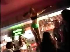 shake it (like a white girl)
