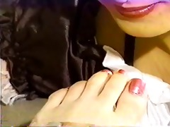 golden-haired foot fetish