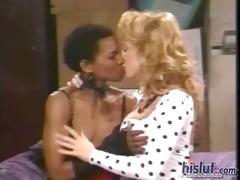 this blonde had lesbian sex