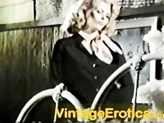 70s blond receives anal sexe and a nice load in